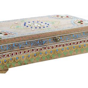 Caja pequeña con mandala y pintada a mano