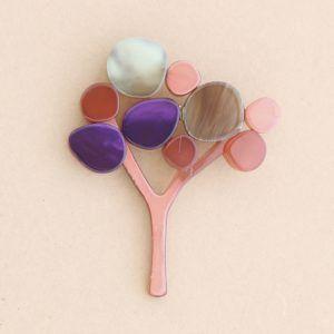 Broche árbol pasta colores. Coral