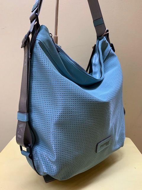 Bolso-mochila Privata frontal troquelado. Color Agua