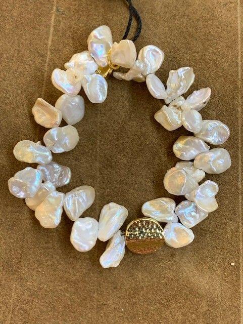 Pulsera con racimo de perlas naturales