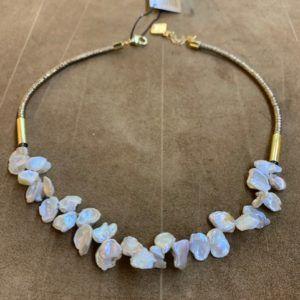 Gargantilla con racimo de perlas naturales