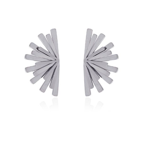Pendientes de acero con forma de abanico. Plateado