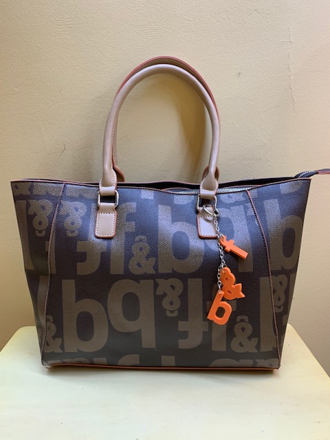 Bolso shopping Fun&Basic con letras. Frontal