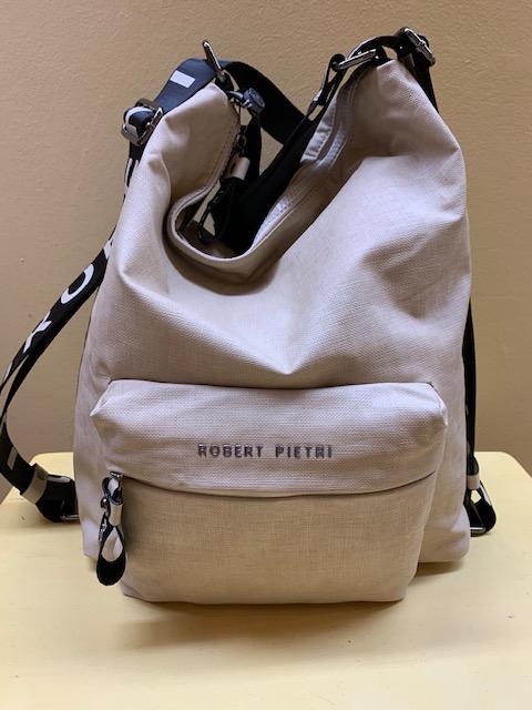 Bolso mochila tejido plastificado Robert Pietri. Frontal beige