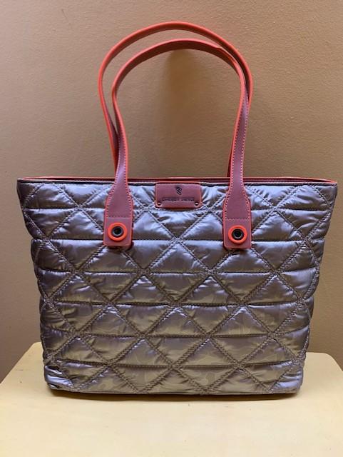 Bolso shopping en nylon guateado de Robert Pietri. Frontal color taupe-plata