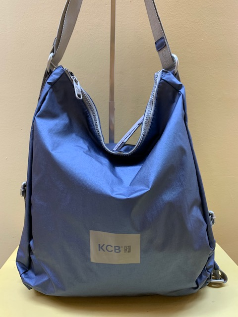 Bolso mochila ultraligero tejido metalizado KCB. Azul