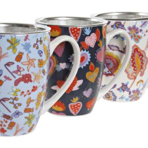 Mug de porcelana multicolor con filtro y tapa para infusiones. Vista de los tres