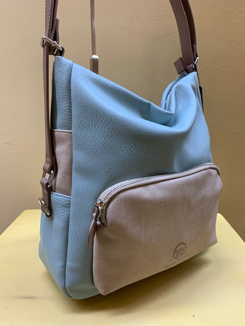 Bolso y mochila con bolsillo frontal de Matties. Azul