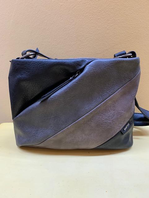 Bolso pequeño cortes y colores diagonales multibolsillos Matties. Negro