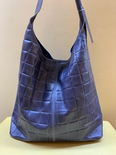 Bolso tipo hobo ultraligero piel grabada de MartinaK Azul