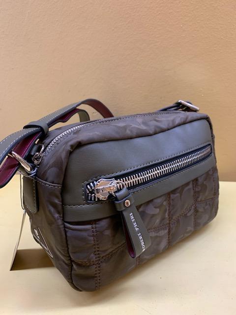 Bolso contenedor bicolor acolchado de Robert Pietri. Marrón-caqui